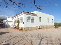 XERTA - Magnificent River Views! M1671